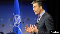 Белги -- НАТО-н инарлан секретар Расмуссен Фон АНДЕРС, Охан2, 2014