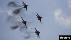Interes Rusije da donira šest MiG-ova je višestruk, kaže Radić