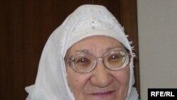 """Әлмирә Әдиятуллина Татарстанда """"толерантлык"""" белән бергә исламофобияне дә күрә."""