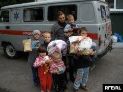 Ольга Магазінова з дітьми
