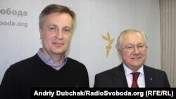 Шеф СБУ Валентин Наливайченко (слева)