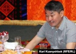 Музыка зерттеушісі Ерлан Төлеутай. Алматы облысы, 26 мамыр 2012 жыл.