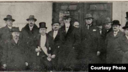 Guvernul Alexandru Averescu la investire (1926)(Sursă: Biblioteca Centrală Universitară Iași)