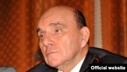 Депутат ММ Эльхан Сулейманов, 2010
