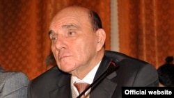 Эльхан Сулейманов