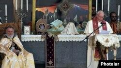 Папа Римський Франциск у Вірменії, 26 червня 2016 року