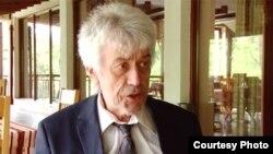 Немецкий политолог, эксперт немецкого фонда «Наука и политика» Уве Хальбах