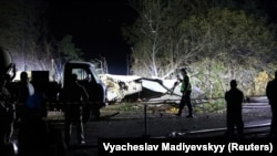 На месте авиакатастрофы у города Чугуев, Украина. 25 сентября 2020 года.
