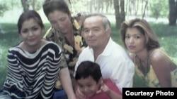 The Karimovs in happier days: (left to right) Lola, Tatyana, Islam with Gulnara's son, and Gulnara