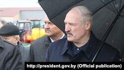 Аляксандар Лукашэнка наведвае Ельскі раён