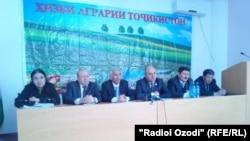 Нишасти хабарии Ҳизби аграрии Тоҷикистон, рӯзи 3-юми марти соли 2015.