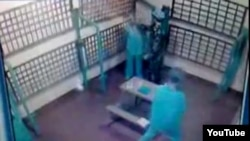 Факты избиения заключенных в колониях, как правило, остаются недоказанными. Случай в Амурской области - исключение
