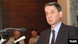 Александр Авдеев до последнего времени пребывал на посту посла России во Франции