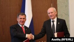 Татарстан һәм Башкортстан президентлары 2010 елның декабрендә Уфада очрашты