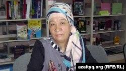 Кулянда Ерешева, автор учебников для начальных классов. Алматы, 27 сентября 2012 года.