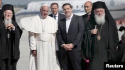 Հունաստան - Հռոմի պապ Ֆրանցիսկոսը ժամանում է Լեսբոս կղզի, 16-ը ապրիլի, 2016թ․