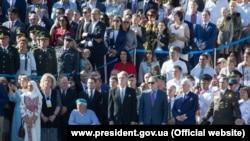 Бывшие президенты Украины Леонид Кравчук, Леонид Кучма и Виктор Ющенко