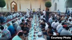 Toshkentdagi Minor masjidida 2015 yilgi Ramazon oyida berilgan iftorlik