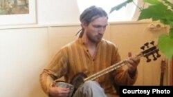 بنیامین اشتاین (Benjamin Stein)، نوازنده آلمانی سازهای ایرانی