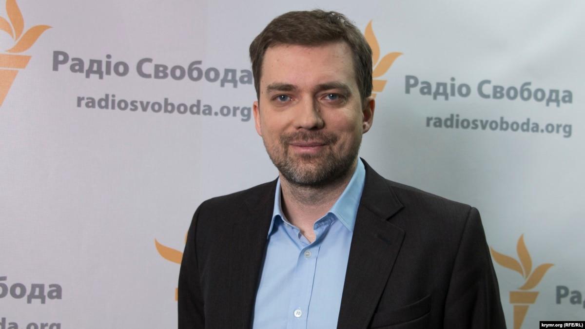 Министр обороны о разведении войск, реформы в ВСУ и знакомство с Зеленским и Коломойским