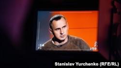 Олег Сенцов дает интервью Крым.Реалии