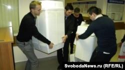 По данным главы Центризбиркома РФ Владимира Чурова (на момент публикации статьи) поступило 117 жалоб на нарушения в ходе голосования 4-го декабря