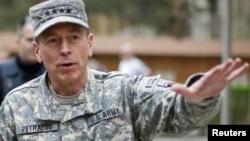 Генерал Дейвид Петреус, 26-уми марти соли 2011.