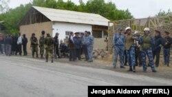 На кыргызско-таджикскую границу были стянуты дополнительные силы, чтобы не допустить развития конфликта. 28 апреля 2013 года