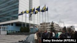 Protesti prijevremeno prenzionisanih vojnika u aprilu 2012.