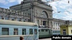 Дилрабога кўра¸ унинг паспорти 9 май куни Павловский поссад шаҳарчасидаги вокзал атрофида ë тушиб қолдирилган¸ ëки ўғирланган.
