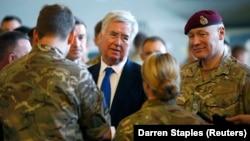 بازدید وزیر دفاع بریتانیا از پایگاه «آکروتیری» در قبرس