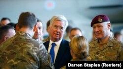 Ministrul britanic al apărării Michael Fallon