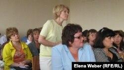 Учителя школы-лицея № 9 в суде. Темиртау, 18 июля 2011 года.