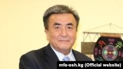 Жусупбек Шарипов - бародари президенти мунтахаби Қирғизистон