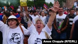 Հայաստանյան ցույցերի մասին ՌԴ-ում ավելի շատ բան գիտեն, քան Պուտինի դեմ բողոքի ակցիաների մասին. «Լևադա»
