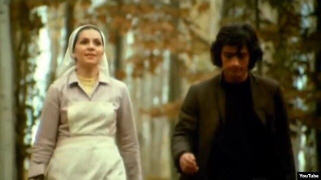 سعید کنگرانی و فروزان در نمایی از فیلم «دایره مینا»