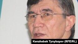 Оппозиционный политик Жасарал Куанышалин. Алматы, 28 декабря 2010 года.