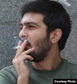 Yazıçı Ayxan Ayvaz.