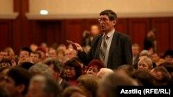 V корылтайда делегатлар тәкъдимнәр белән чыга. 6-9 декабрь, 2012