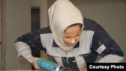 زهرا وردی، تنها بانوی کابینتساز ایرانی