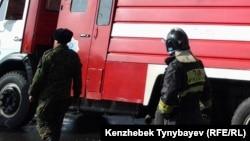Сотрудники пожарного подразделения. Иллюстративное фото.