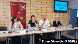 Jelena Diković, Milica Kostić, Bruno Vekarić i Marina Kljaić na pres-konferenciji Fonda za humanitarno pravo, Beograd