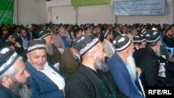 На конференции в Душанбе, посвященной Имаму Азаму Абу Ханифе. 18 апреля 2009 года.