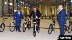 İ.Əliyev İsmayıllı velosiped zavodunun açılışında