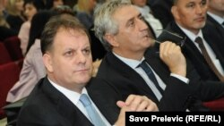 Slavoljub Stijepović i odbornici Skupštine Podgorice