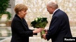 Лукашэнка і Мэркель у Менску, 11 лютага 2015