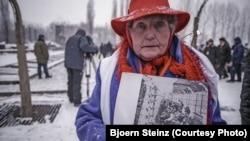 Eva Mozes Kor, una dintre supraviețuitoarele lagărului nazist, ianuarie 2005