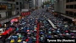 Протестующие против законопроекта об экстрадиции в Гонконге. Китай, 18 августа 2019 года.