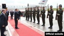 Президента Татарстана Рустама Минниханова в Турции всегда встречают как дорогого гостя (фото 2012 года).