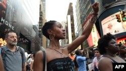 تظاهرات اعتراضآمیز علیه رفتار پلیس در نیویورک هم ادامه دارد